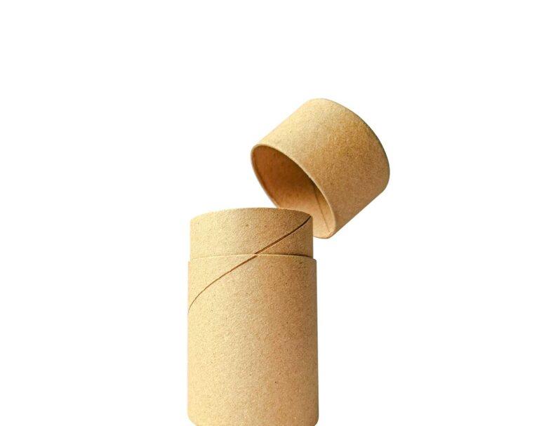 Envase de cartón con tapa abierto